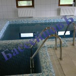 мозаичный бассейн с купелью